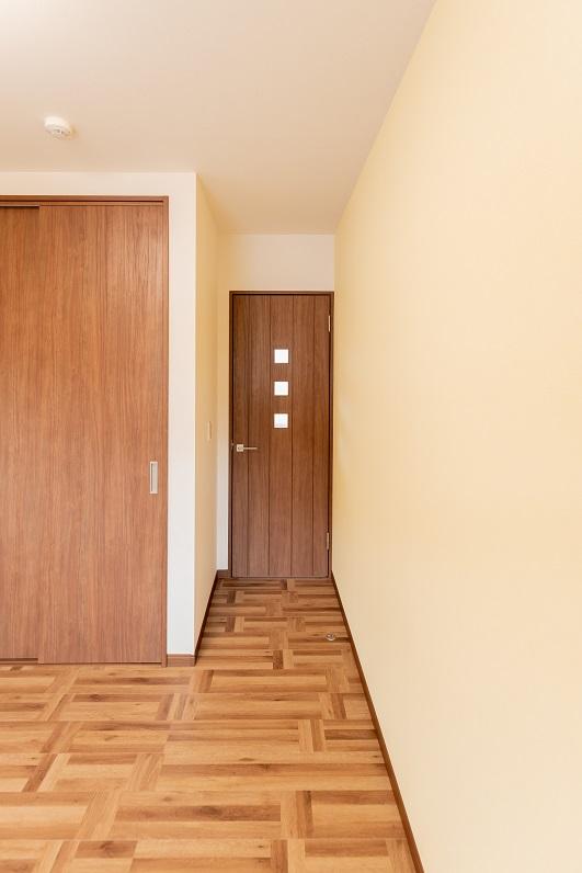 2f_room2-00001