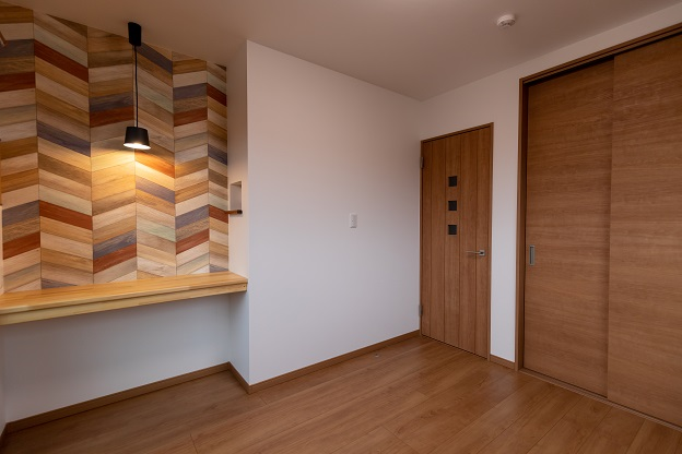 2f_room2-00003
