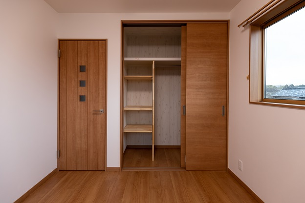 2f_room2-00008