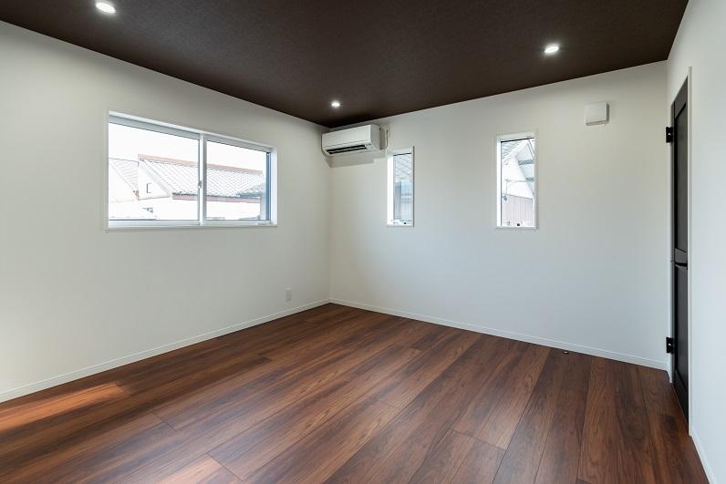 room_2-00002