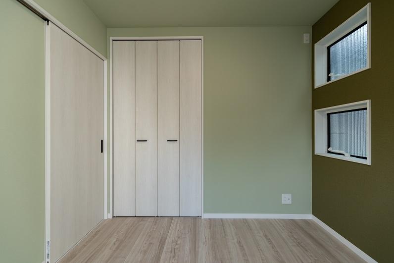 room_2-00004