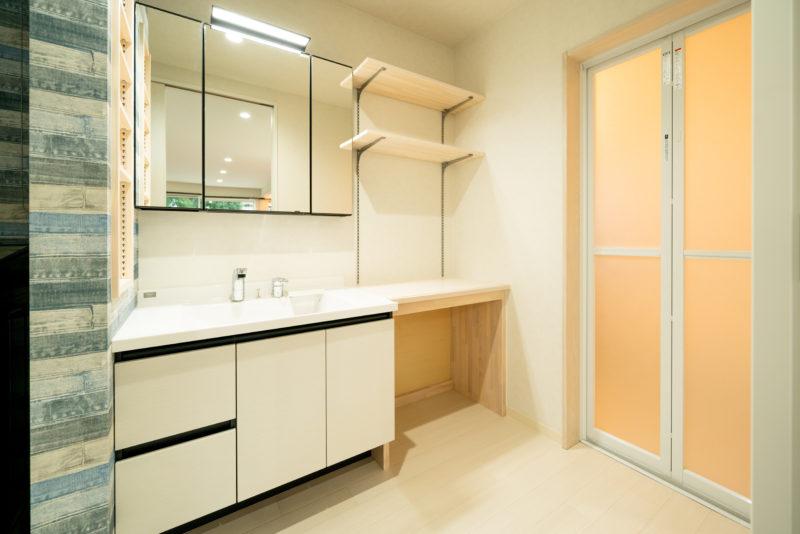 bathroom-00001